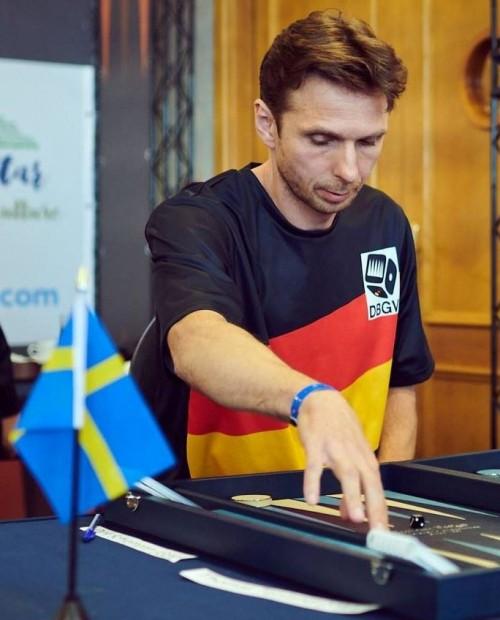 Dirk Schiemann